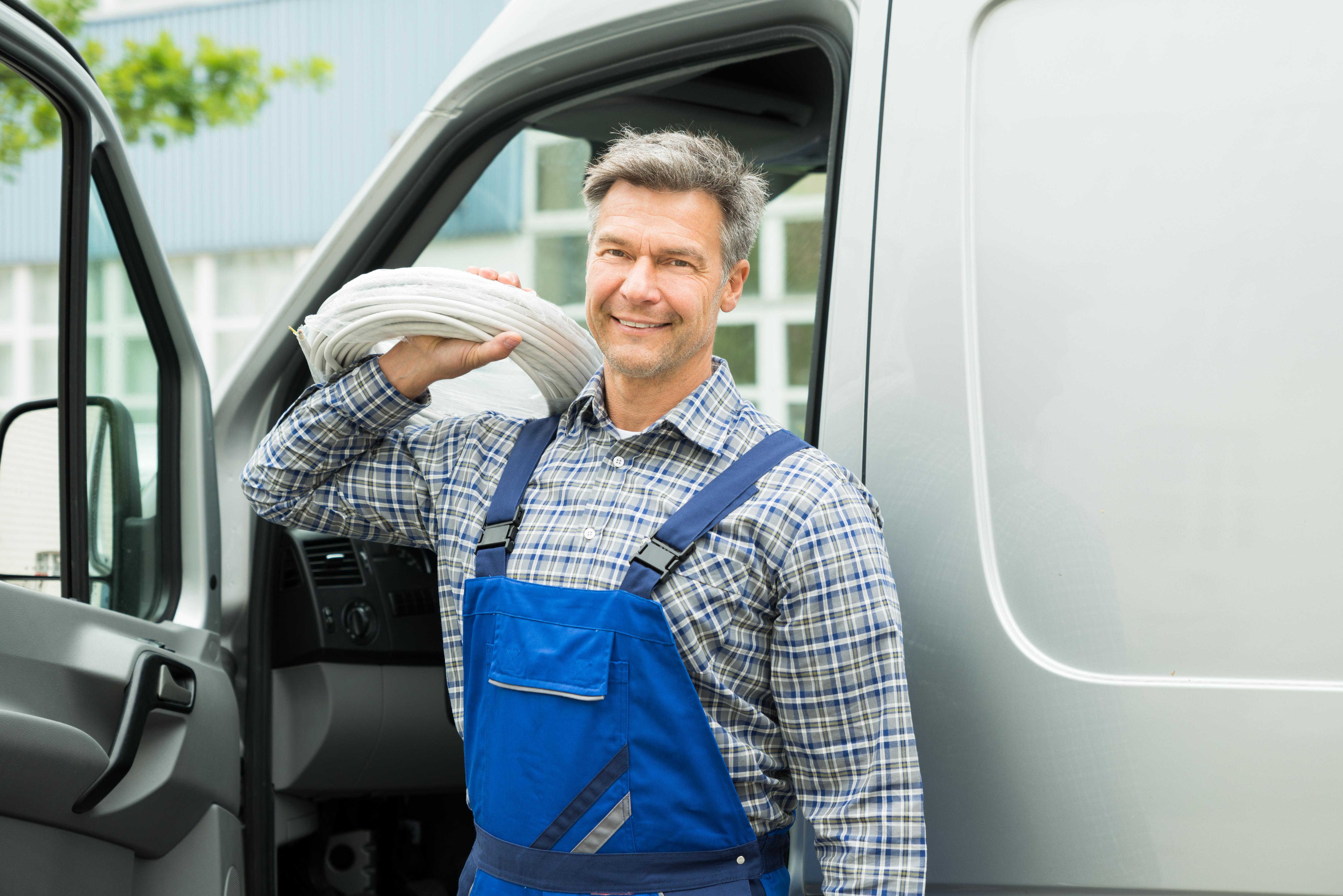 5 Secret Ways to Save Money on Fleet Vehicles   ServicePower   Innovating Field Service